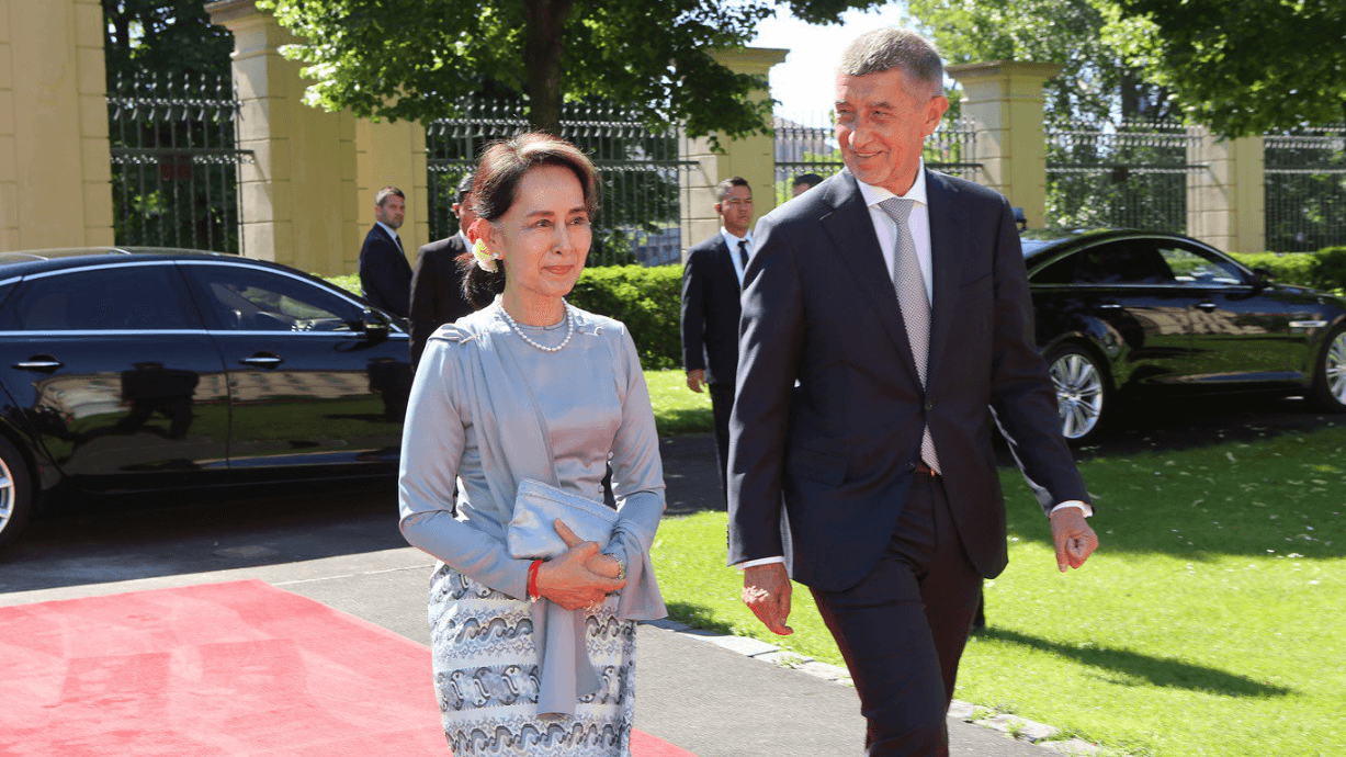 Aung San Suu Kyi and Andrej Babis in Prague