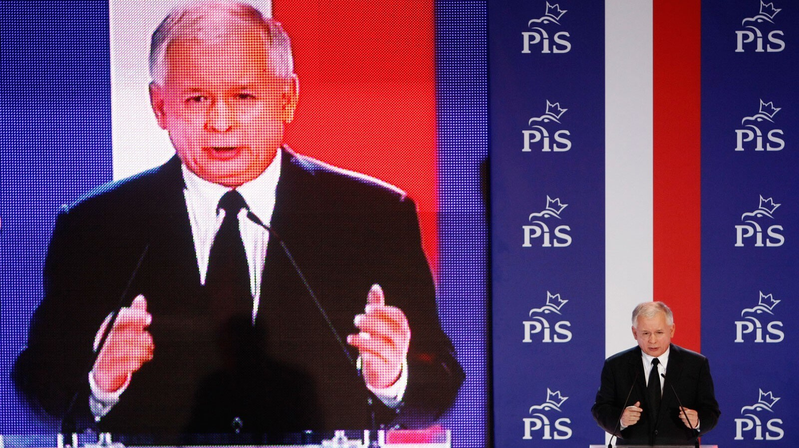 Jaroslaw Kaczynski pledged to exempt young workers from paying the income tax